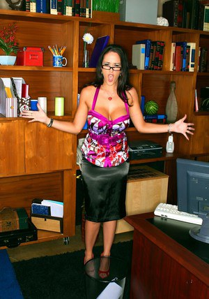 MILF teachers with huge tits Carmella Bing and Shyla Stylez in threeesome