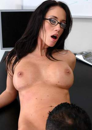 Stunning office babe in boots Kimberley Kole fucking and scoring facial