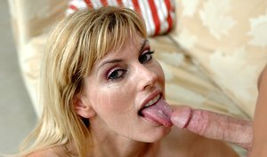 Beauteous MILF Darryl Hanah fucking long cock with her hot pussy