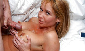 Stunning mom with shapely boobs Bridgette Monroe in reality sex scene