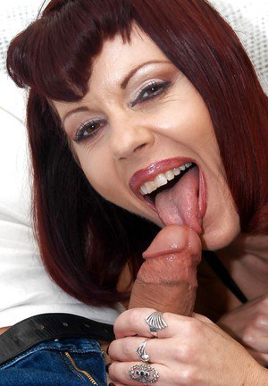 Drunk mature slut Rubee Tuesday squeezing boobs and fucking big cock