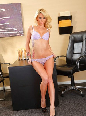 Sexy office babe Monique Alexander showing off toned legs and cute tits