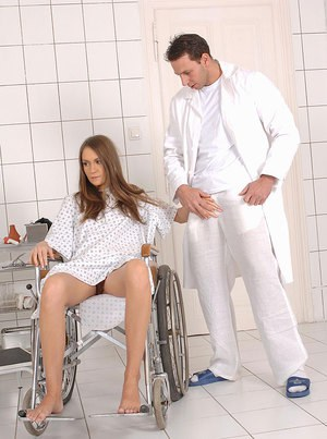Hottie with nice legs takes fetish fingering from her perverted doctor