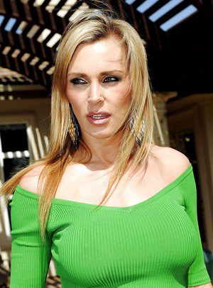 Busty MILF Tanya Tate fucking hard cock and taking massive cumload