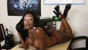 Ebony MILF Diamond Jackson exposes her amazing body in the office