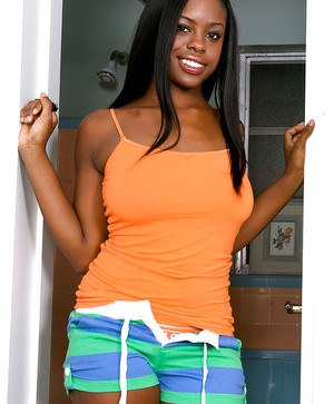 Sweet ebony amateur Stacey Foxx strips off panties to expose her body