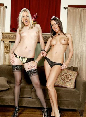 Peachy MILFs Maria Bellucci and Angel Long strip to touch each other