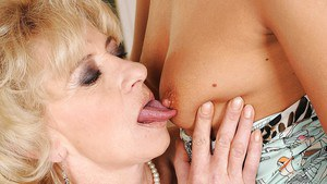 Teen hottie Barbie White is licking mature Margarette's cunt