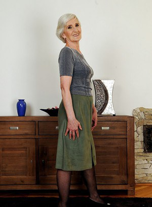 Very old lady Viviana with tiny tits shows her hairy cunt