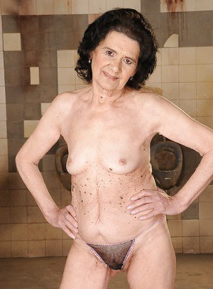 Very old granny doesn't mind to boast of her tits and pussy in panties