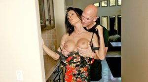 Stunning MILF wife Jessica Jaymes takes a huge cock up her shaved cunt