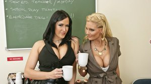 Busty lesbians Phoenix Marie and Carmella Bing have naked coffee break