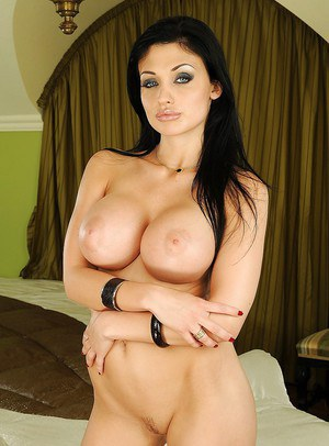 Pornstar Aletta Ocean is fingering and toying her craving pussy