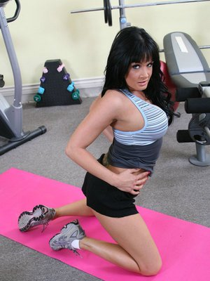 Horny MILF Tory Lane gets dirty in the gym and masturbates her asshole