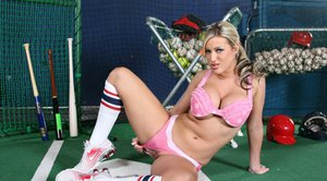 Peachy babe Memphis Monroe takes off shorts to feel pussy