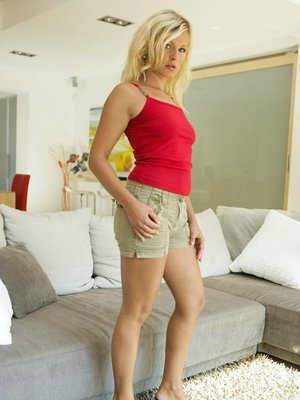 Blonde MILF in sexy shorts Kathy Sweet exposes her tiny butthole
