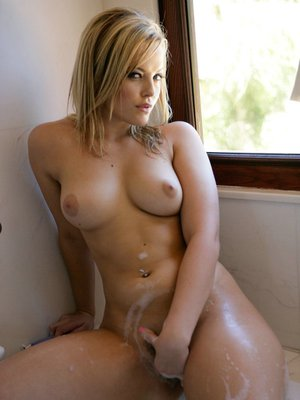 Busty pornstar Alexis Texas is fucking her sweet cunt with a big cock