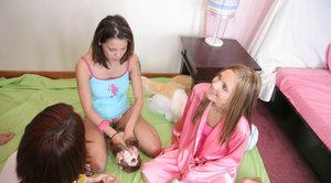Teen babe Autumn with tiny tits Skye riding a thick boner