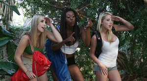 Big titted Shawna Lenee, Oklahoma and Erika Vuitton in a gangbang