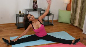 Flexible indian MILF Priya Anjeli Rai seducing her yoga instructor