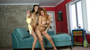 Big titted MILFs Sienna West & Alexis Love sharing a large cock