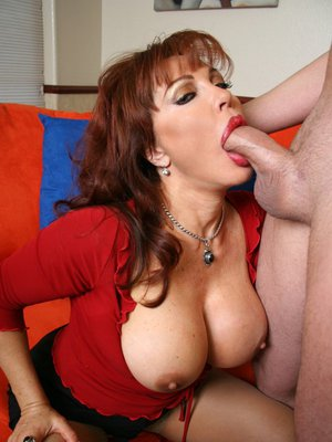 blowjobs bella Latina vanessa mature