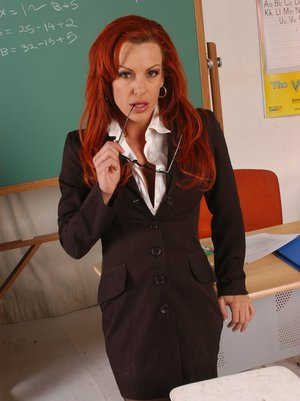 MILF teacher with huge boobs Shannon Kelly craving for wild sex