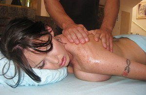 Latina babe Jenna Presley relaxing while a massage and having sex