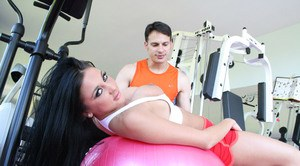 Busty sports babe Audrey Bitoni getting fucked in reality in the gym