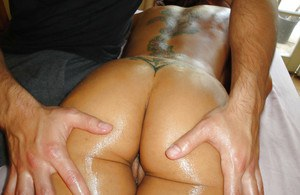 Latina babe Mulani Rivera gets her perfect cunt fucked after massage