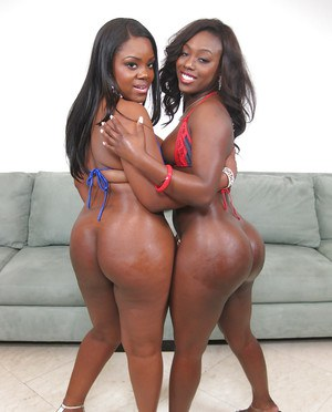 Ebony MILF babes Janae and Samone posing outdoor showing big butts