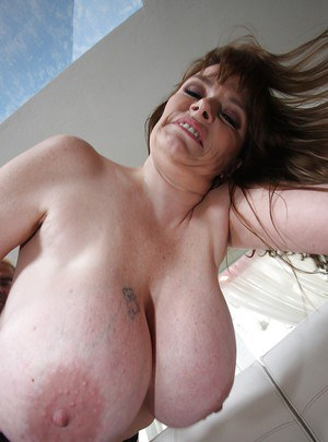Mature babe Lynn Lemay getting hardcore fucked after a blowjob