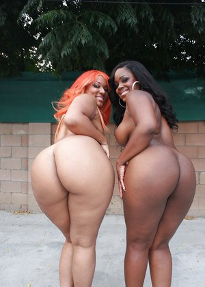 Black MILF babes Samone and Vanilla getting fucked in shaved cunts