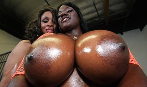 Black MILF babes Sierra and Stacy showing their big asses