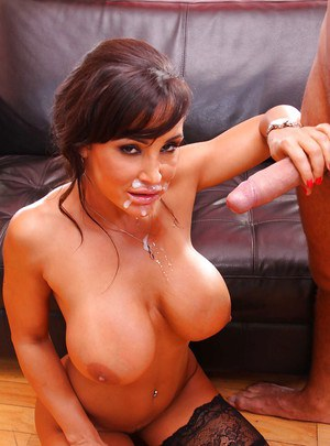Big tits of milf in glasses Lisa Ann caressed in reality hardcore sex