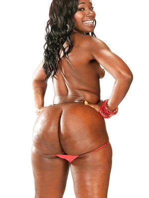 Curvaceous ebony girl Coco Isis exposing her fabulous black ass