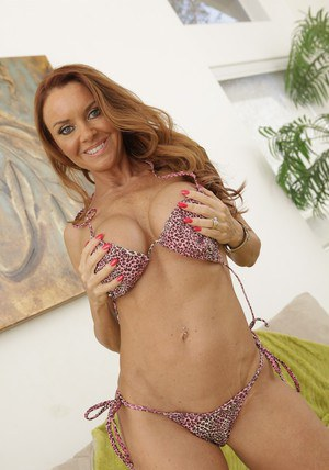 Lovely mom with huge titties Janet Mason spreads her legs
