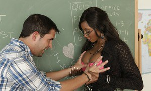 Black mature teacher Diamond Jackson gobbles dick in reality scene