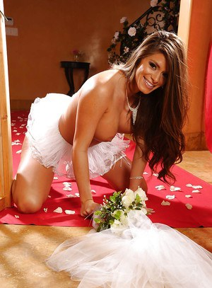 Gorgeous bride Madelyn Marie stripping and showing her perfect body