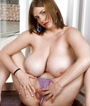 fatty babe with big boobs Christy Marks smoking and showing her pussy