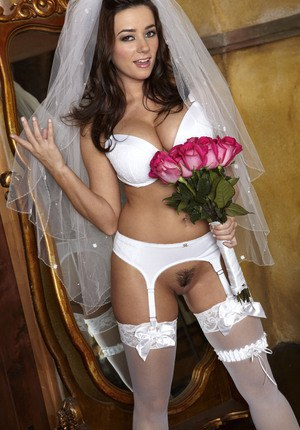 Busty babe Taylor Vixen plays bride in white stockings spreading cunt