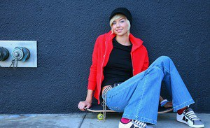 Trashy teen Emma Mae pulls down jeans and flashes in the street