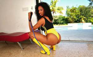 Ebony ass of cute black girl Joy Luxx makes her sport scene awesome