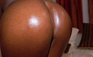 Nasty black slut Gemini gets her pussy drilled and glazed with cum