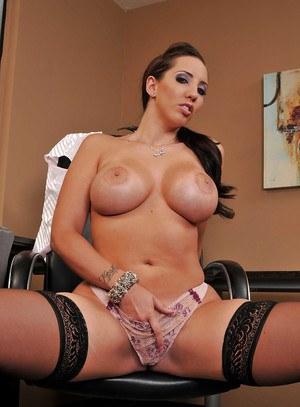 MILF secretary Kelly Divine takes her time to show her cunt in office