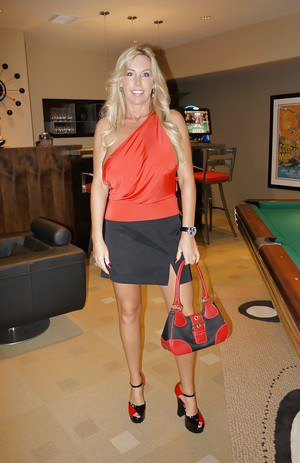 Wife with big hooters Wifey shows her sexy body on the pool table