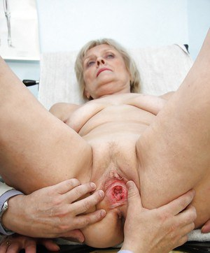 Spread dripping pussy penetration at the gyno for this fat ass granny