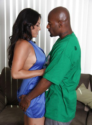 Curvaceous MILF Adriana Luna loves to suck and fuck huge black dicks