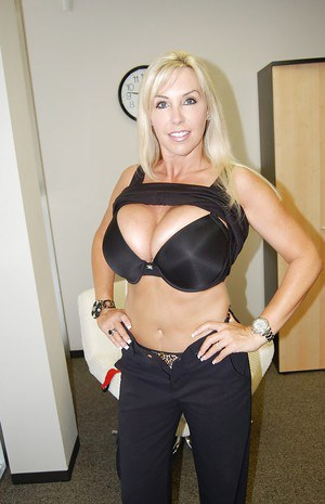 Horny MILF Wifey exposes her lingerie and hot fanny in the office