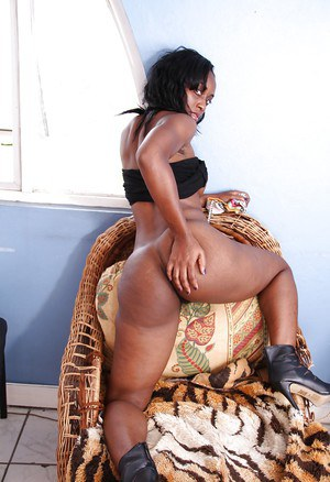 Lovely ebony babe Renee stripping and teasing her hairy cunt